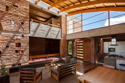 Yadhira Álvarez, Natalia Corral, MCM+A taller de arquitectura. Casa MM. Quito 003